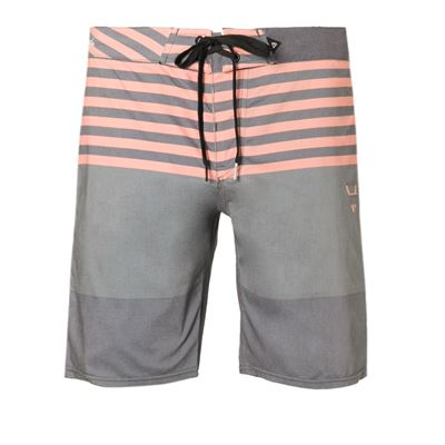 Brunotti Lance Men Boardshort. Available in 28,31,33,34,36 (1811009011-0757)