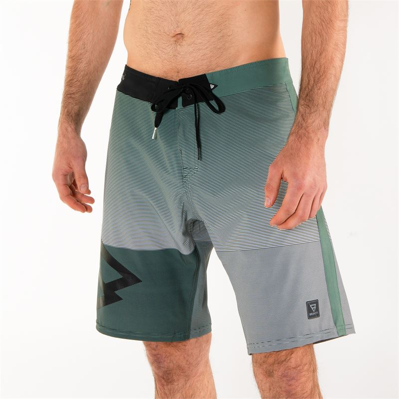 Brunotti Drew  (green) - men boardshorts - Brunotti online shop