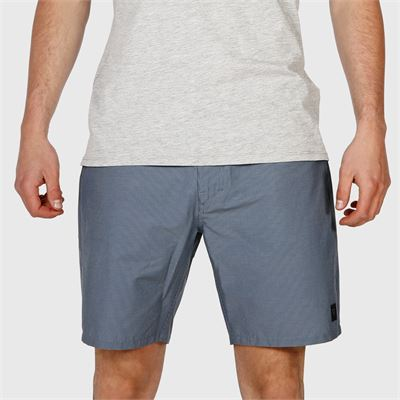 Brunotti Braydon Mens Hybrid-short. Available in S,M,L,XL,XXXL (2011132013-0473)
