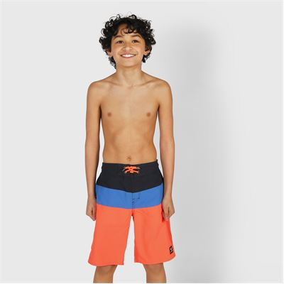 Brunotti Catamaran Boys Shorts. Available in 116,128,140,152,164,176 (2013046705-0355)
