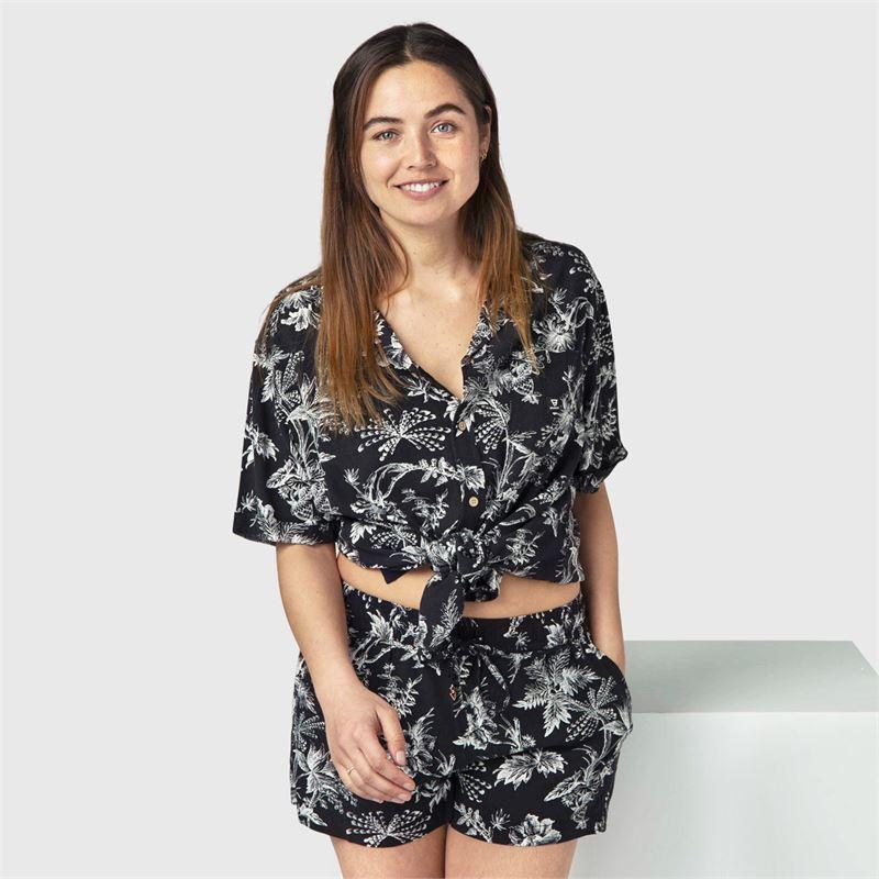 Brunotti Pearle-Tattoo  (black) - women casual shorts - Brunotti online shop